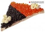 бутерброд с красной и черной икрой