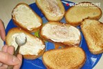 как готовить бутерброды со шпротами 03