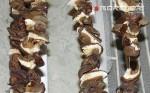 сушим грибы на нитке