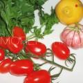 готовим помидоры, чеснок