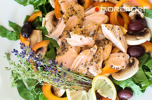 Салат из семги с грибами