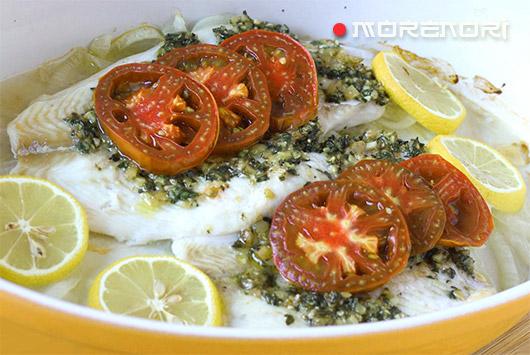 Камбала с помидорами и соусом песто
