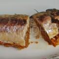 Скумбрия фаршированная морковью и луком готова