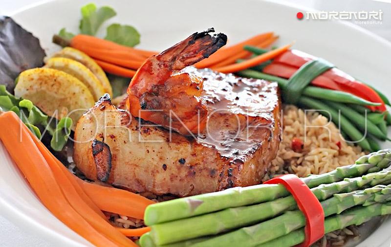 Треска с рисом и овощами